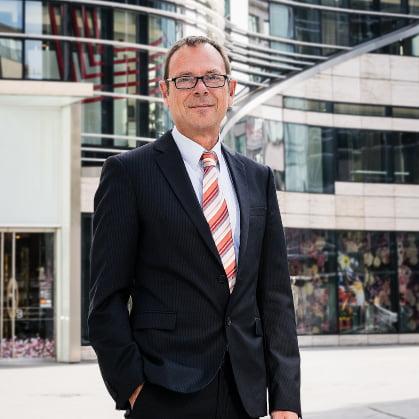 Hausverwaltung Düsseldorf, Peter Altenbach